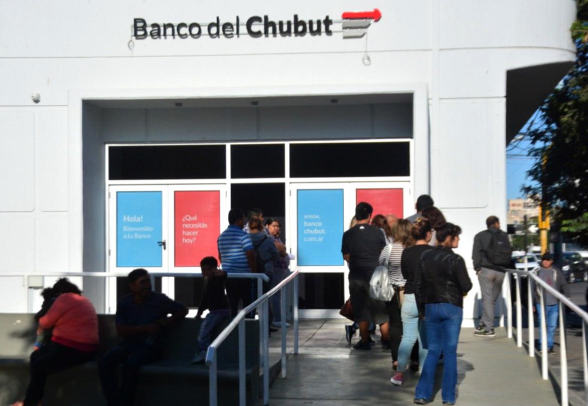 Banco del Chubut instrumenta dos nuevas herramientas financieras para empleados públicos provinciales y municipales