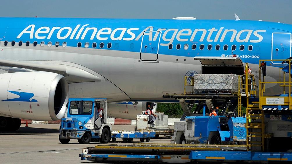 Dos vuelos de Aerolíneas Argentinas partirán esta noche rumbo a Moscú para traer más vacunas