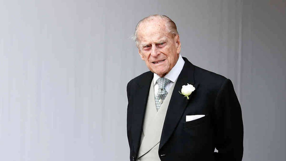 El príncipe Felipe fue hospitalizado en Londres de manera preventiva tras haber sufrido un malestar