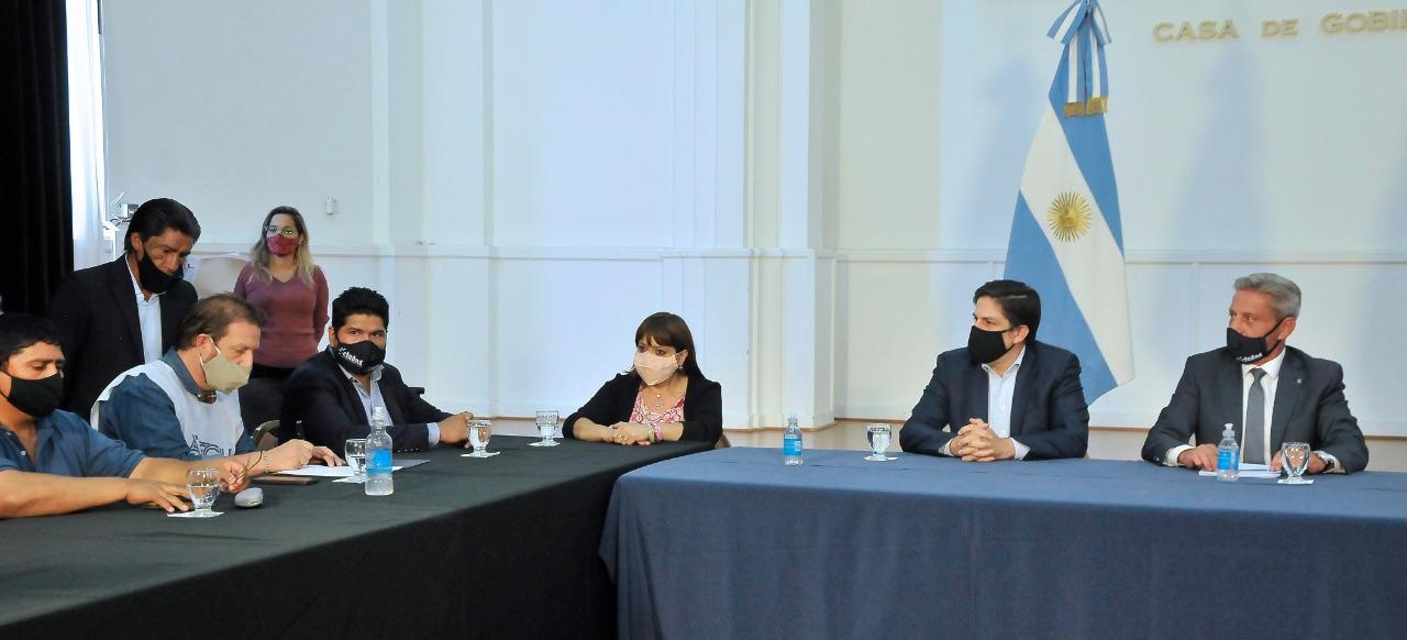 ¿De qué se trata la Mesa de Monitoreo que conformaron el Gobierno de Chubut y los gremios?