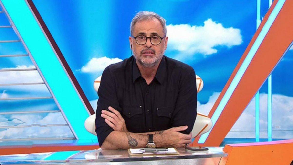 """Rial anunció que deja """"Intrusos"""" para conducir un ciclo político en América TV"""