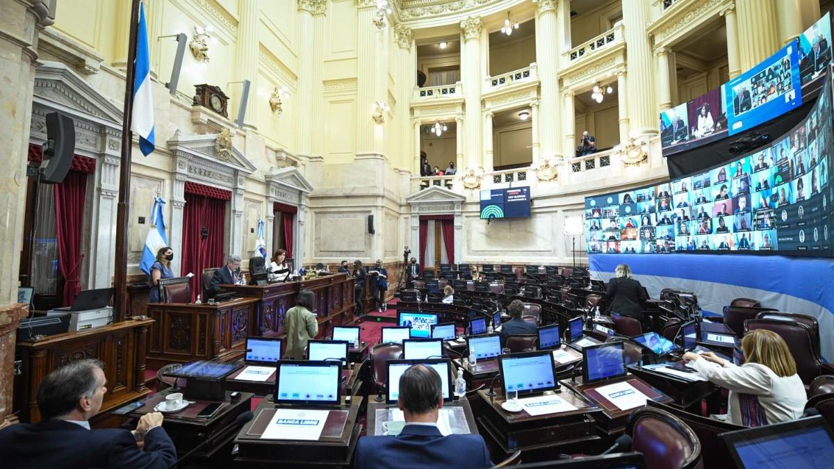 El Senado aprobó el Consenso Fiscal entre Nación y las provincias y una ley que apunta a reactivar la construcción