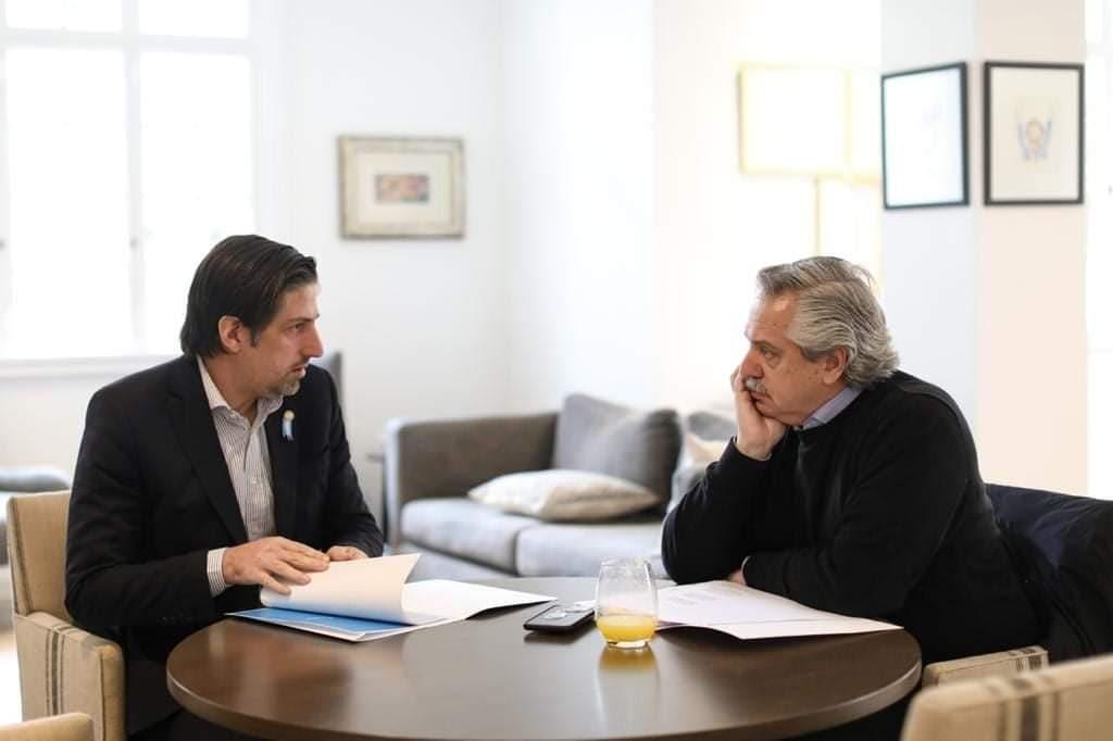 """Alberto Fernández se reunió con Trotta para analizar la """"presencialidad administrada"""" en todas las escuelas del país"""