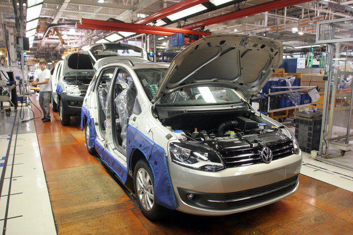 La producción industrial creció un 46,3% en abril