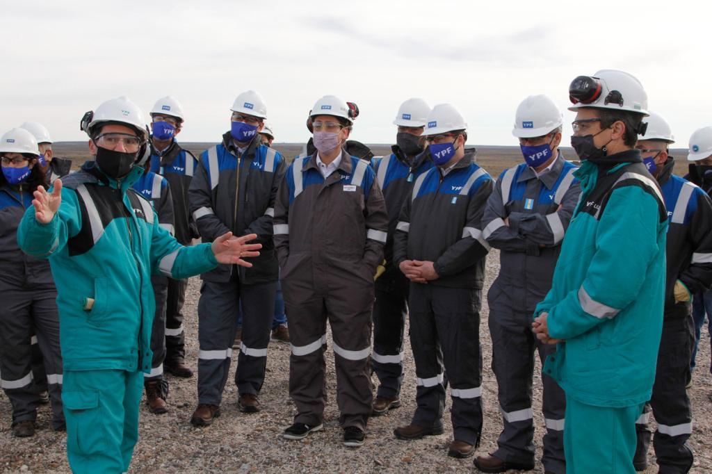 Cerdá destacó la central térmica de YPF en Comodoro y valoró los resultados de la empresa a través de la recuperación terciaria en los yacimientos