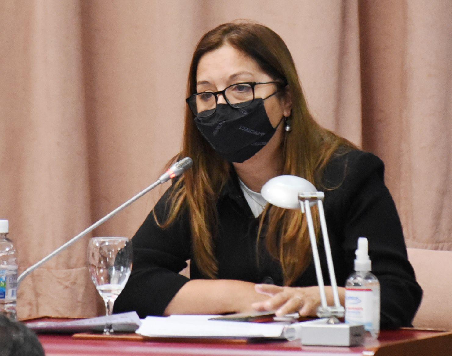 """Aguilera apuntó contra el proyecto de """"megacanje"""" de Antonena: """"Es insostenible y repite la historia preelectoral de tomar deuda y prometer aumentos"""""""