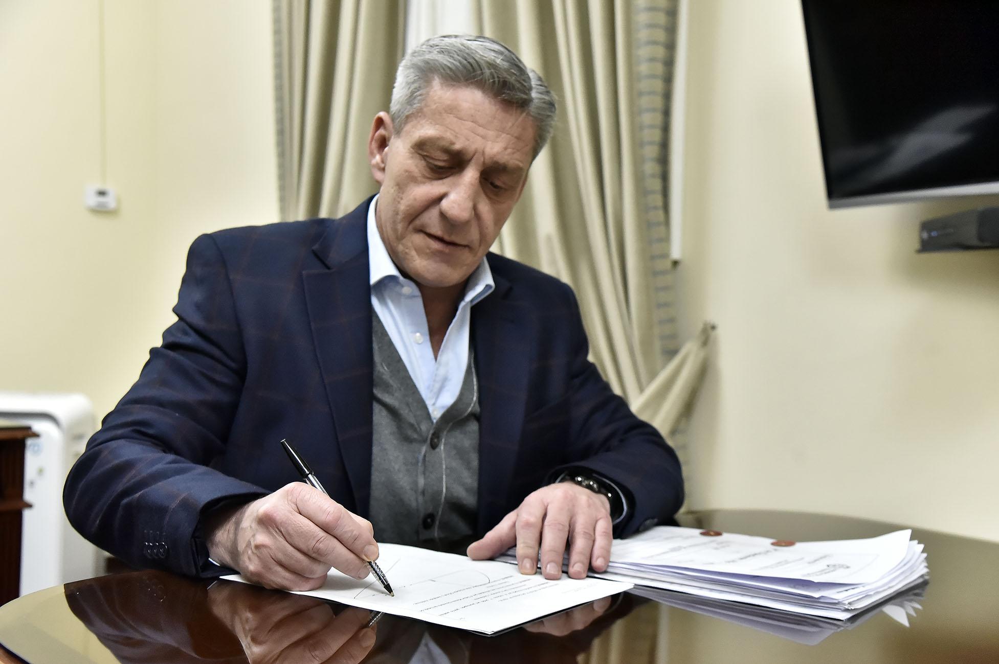 El Gobierno del Chubut busca tomar deuda de $ 1.000 millones para financiar obras públicas en toda la Provincia y reactivar el empleo