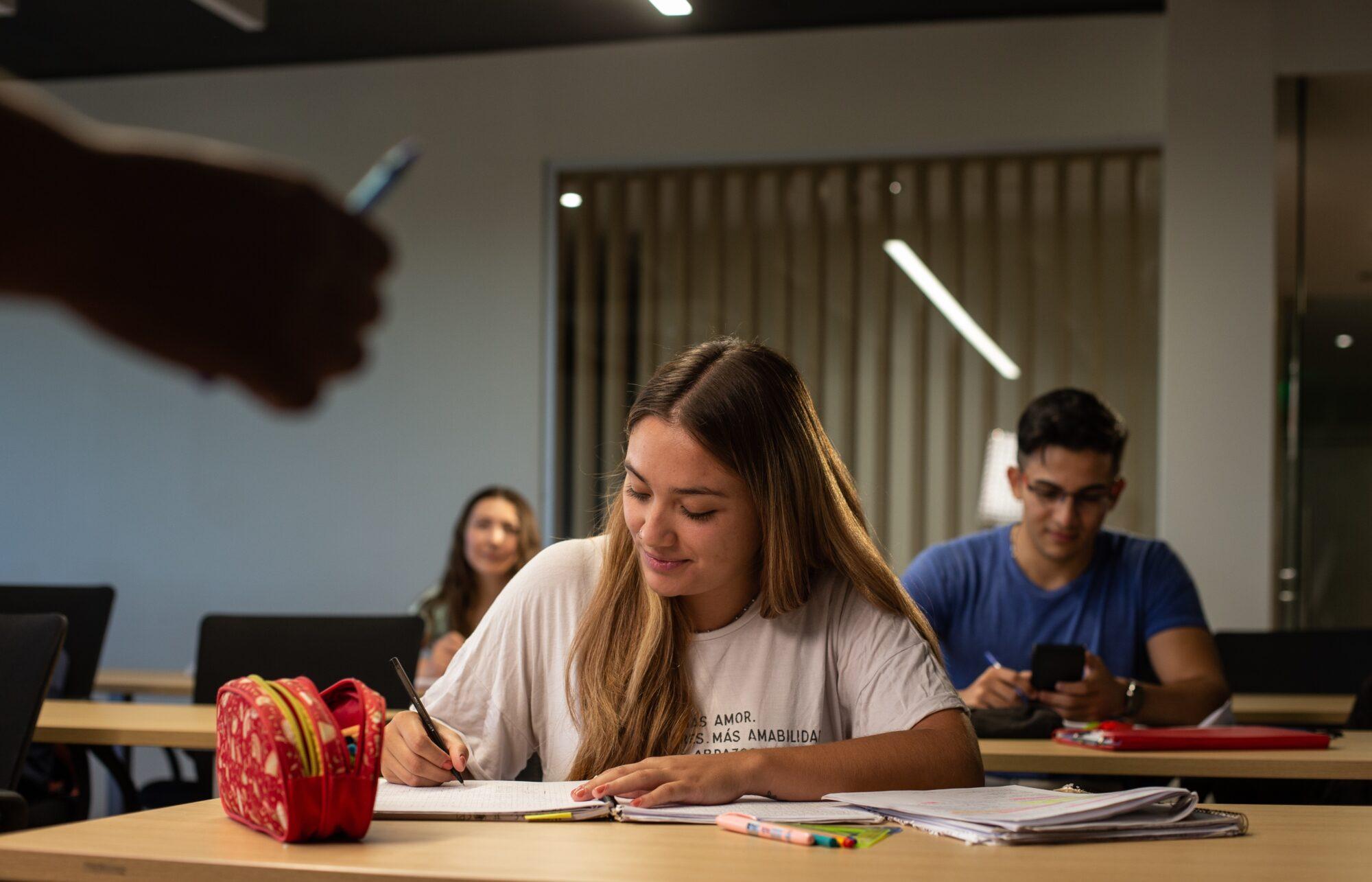 PAE junto al Instituto Tecnológico de Buenos Aires lanzan una nueva edición de becas para estudiantes de Chubut y Santa Cruz