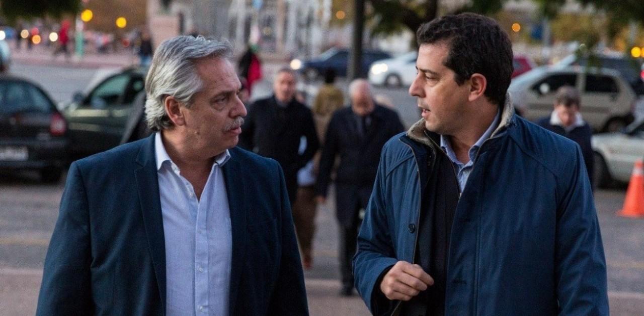 Tras la tensión, Alberto Fernández partió a la Rioja junto a Wado de Pedro para reunirse con gobernadores