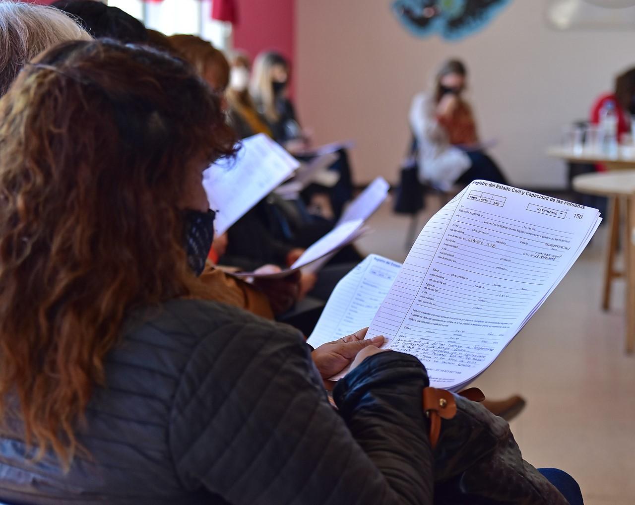 El Gobierno capacitó a empleados de Registros Civiles sobre la  Ley de Identidad de Género