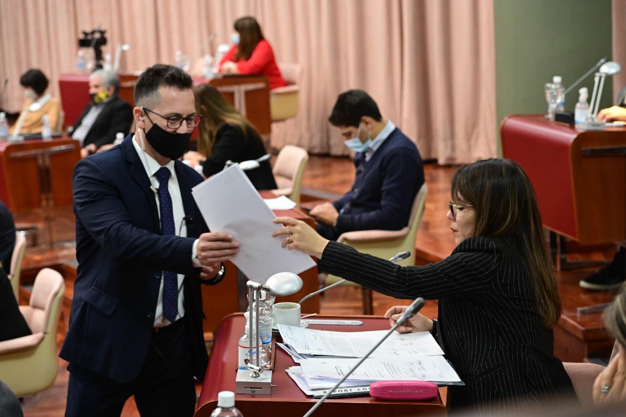 Goic y De Lucía repudiaron el proyecto para eliminar indemnizaciones por despido