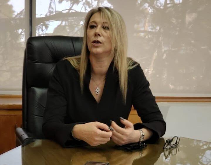Violencia de género en Rawson: Un marinero golpeó a su exmujer, la amenazó con un arma de fuego y quedó con prisión domiciliaria