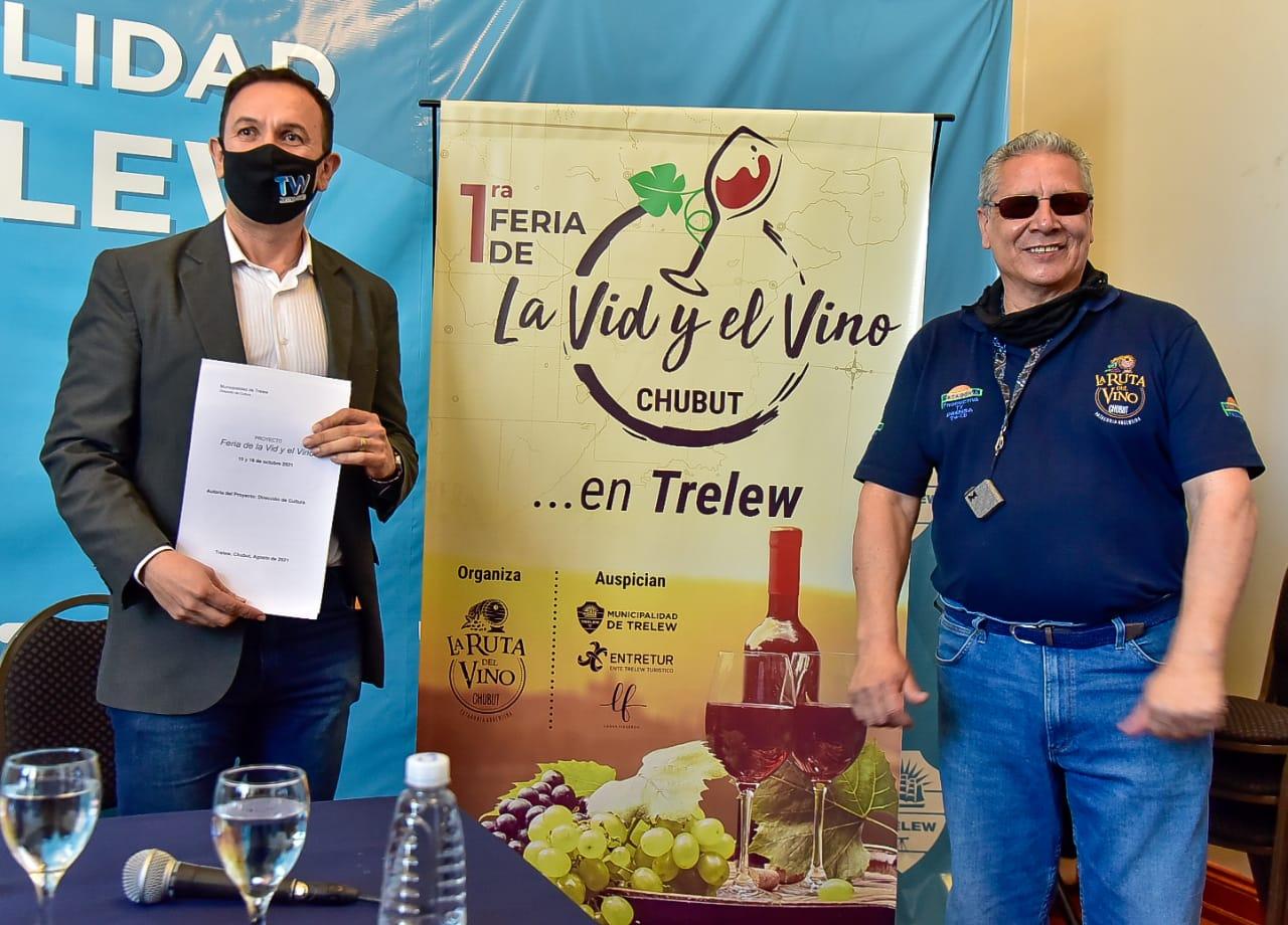 Maderna presentó la 1° Feria de la Vid y el Vino en Chubut que se desarrollará el 15 y 16 de octubre y contará con 31 bodegas de toda la Provincia
