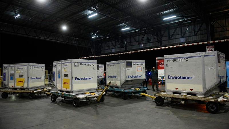 Este jueves llegarán a la Argentina más de 800 mil dosis contra el COVID-19 donadas por España