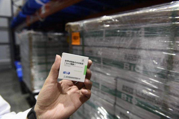 Entre hoy y mañana la Argentina recibirá más de 3 millones de dosis Sinopharm