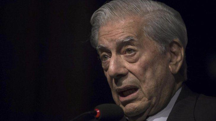 Mario Vargas Llosa reveló que fue víctima de abuso sexual