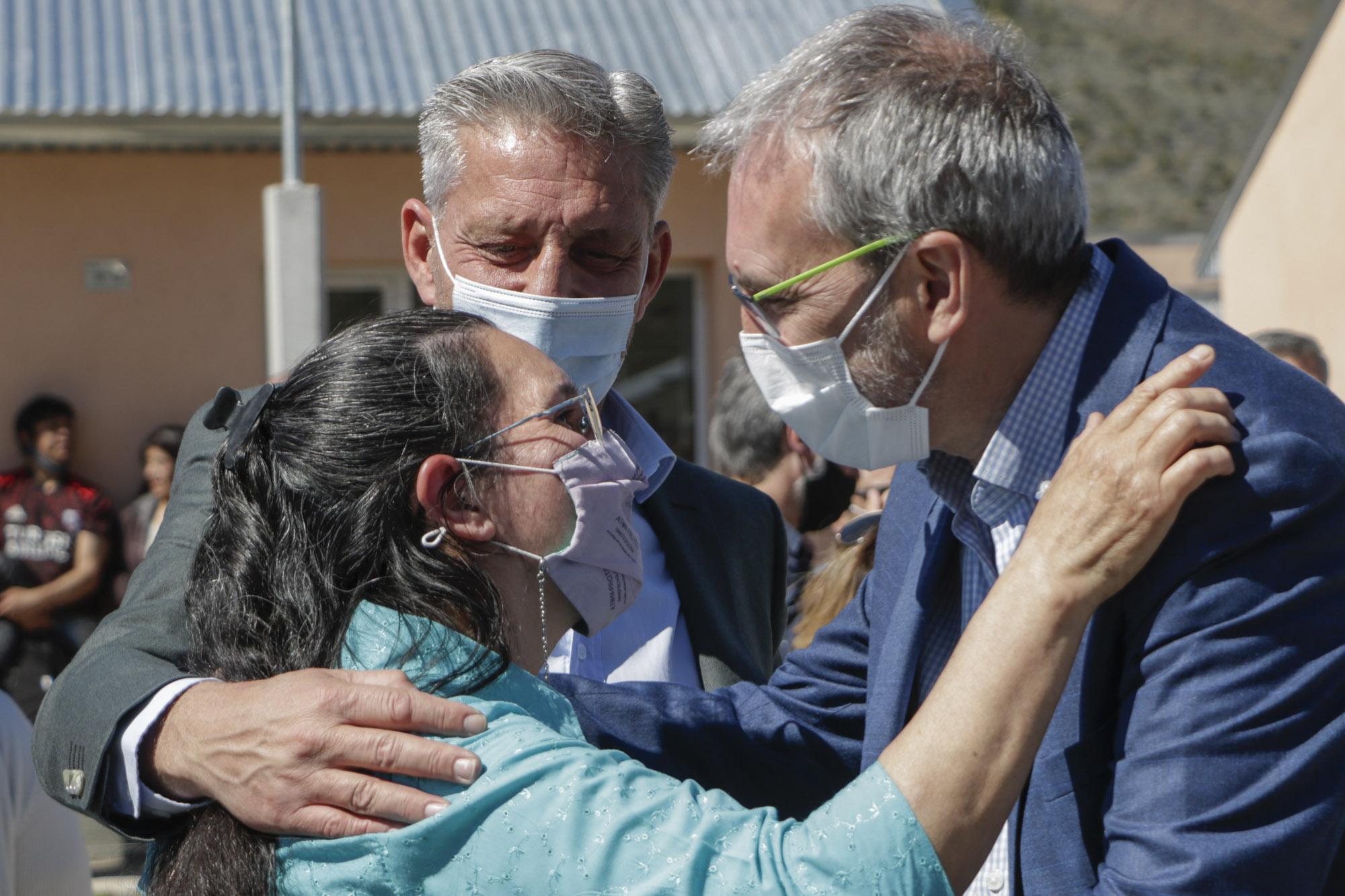 """Puratich afirmó que en Chubut """"el 60 por ciento de la población objetivo completó el esquema de vacunación contra el Covid 19"""""""