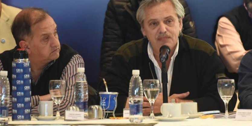 """Linares: """"Si Arcioni no está recibiendo al Presidente de la Nación, es porqué no debe querer"""""""
