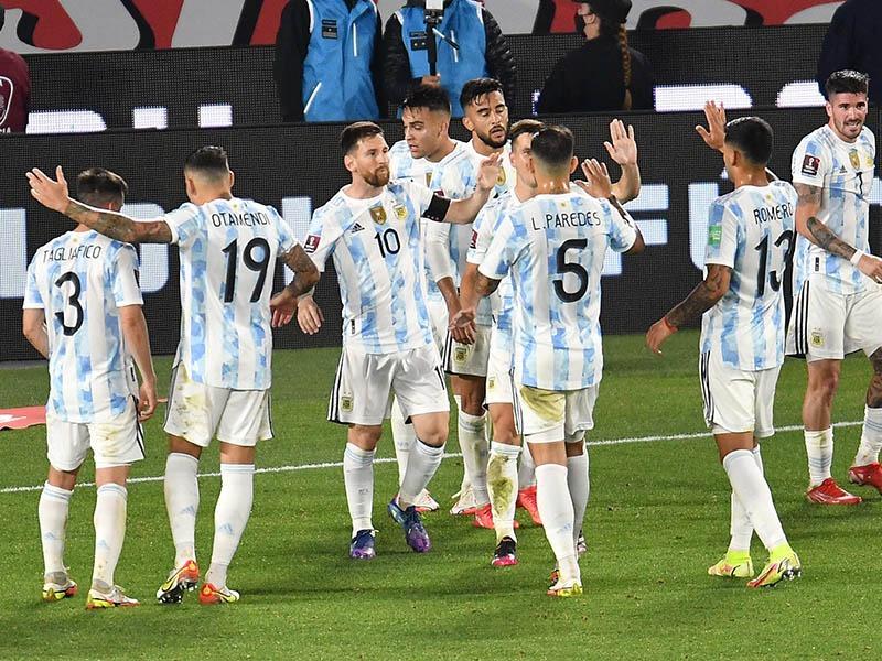 Argentina recibe a Perú en busca de dar un nuevo paso a Qatar