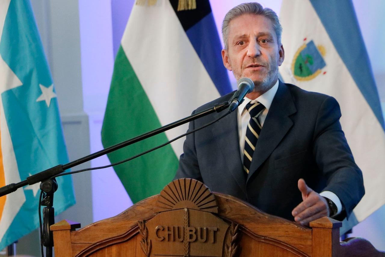 Arcioni presentará este miércoles el proyecto de Ley de Reparación Histórica para Chubut