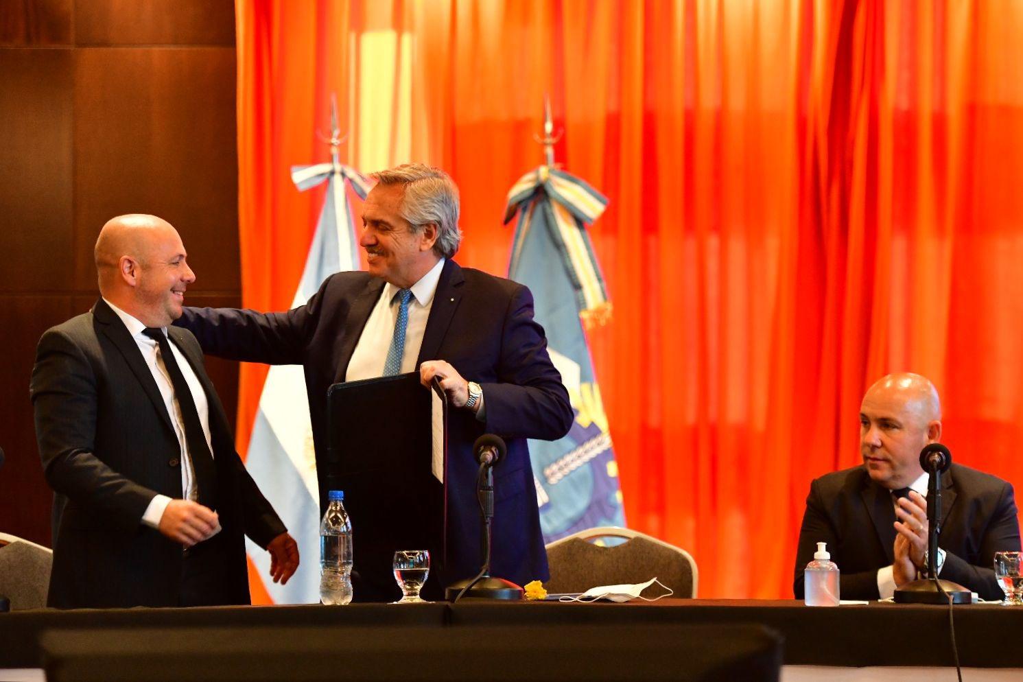 Madryn: El intendente junto al vicegobernador y Alberto Fernández dialogaron con los referentes del turismo local sobre la reactivación en la ciudad