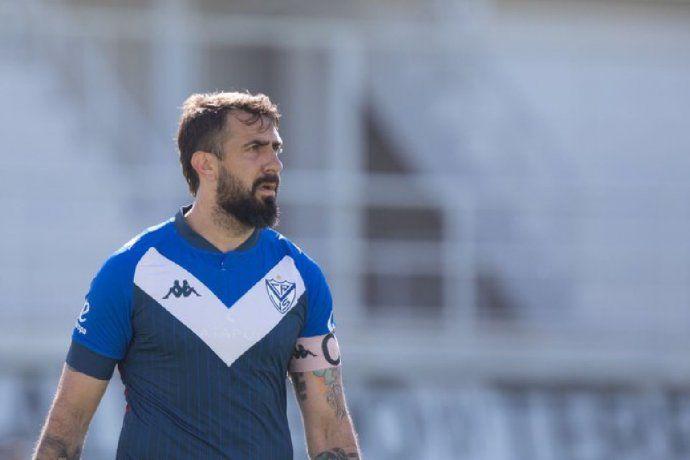 Después de 5 meses de inactividad, Pratto volvió a jugar al fútbol en la Reserva de Vélez